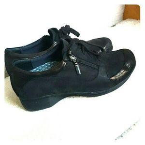 Abeo Comfort Walking Shoes